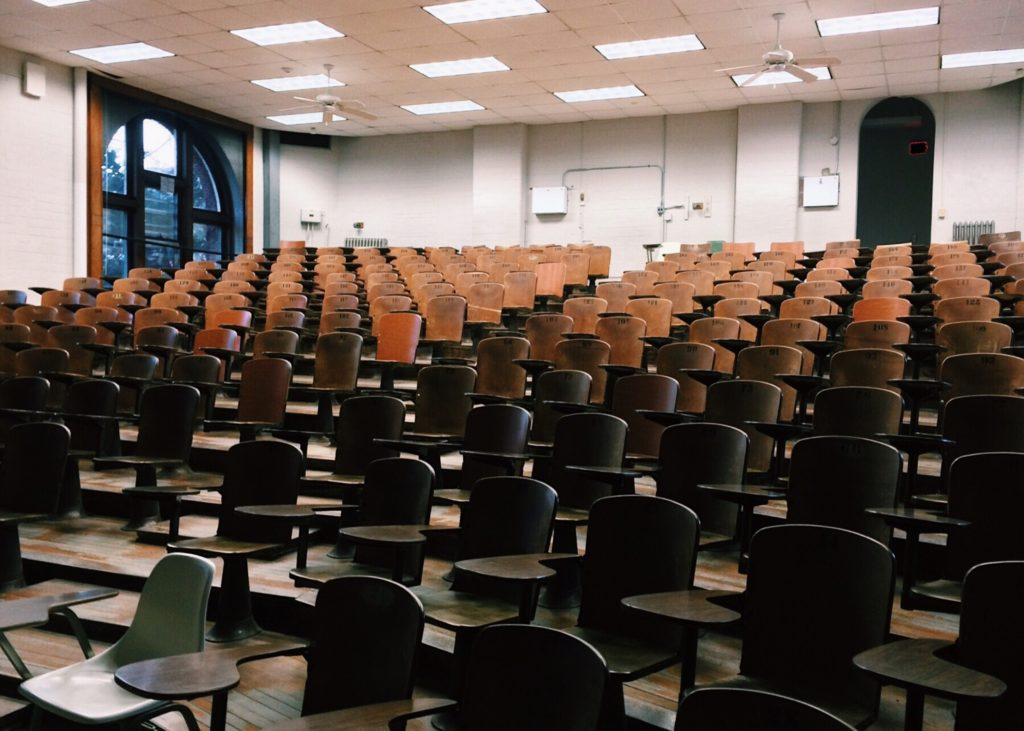Reprise progressive du présentiel en université